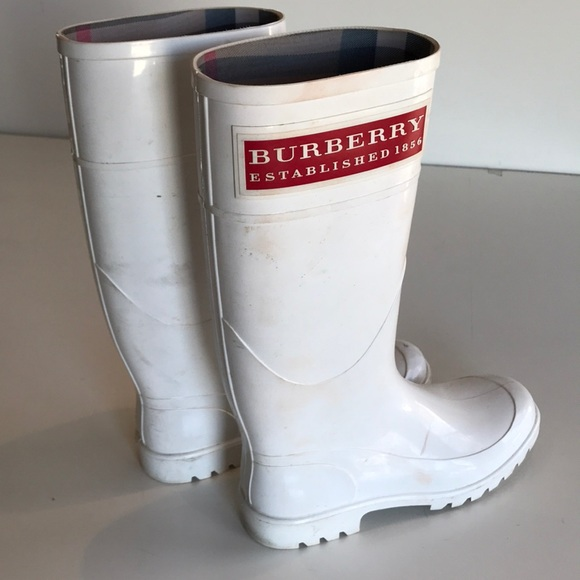 Unstoppable White Burberry Rubber Boots